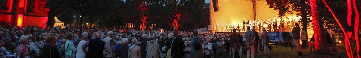 Abendstimmung beim Amtsgartenkonzert in Lilienthal